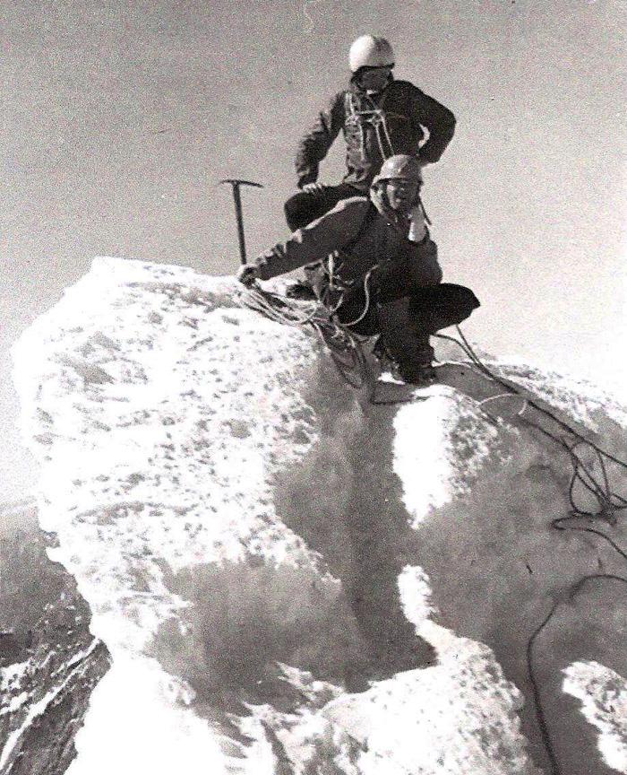 Na_vrchole_Matterhornu_s_Petrom_Kassayom_(foto_Palo_Breier)